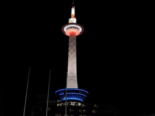 夜の京都タワー