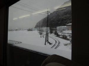 スーパーはくと 車窓からの雪景色