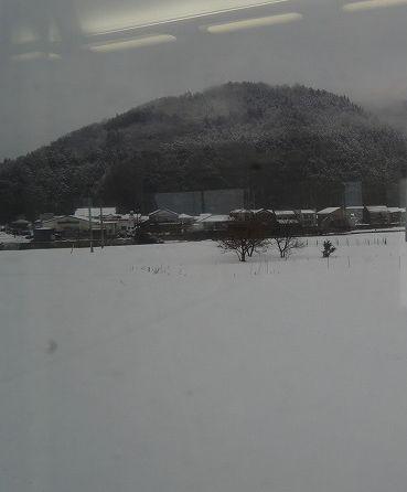 スーパーはくと 車窓からの積雪