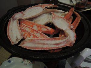 カニの酒蒸し陶板焼き