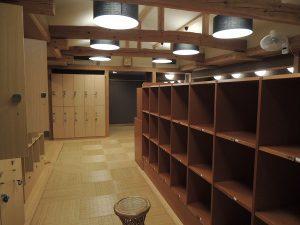 岩崎 温泉の更衣室