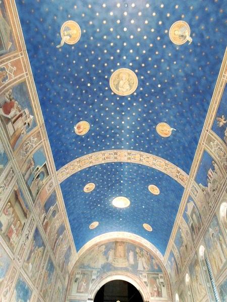 礼拝堂の天井図