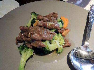 季節野菜と牛肉炒め