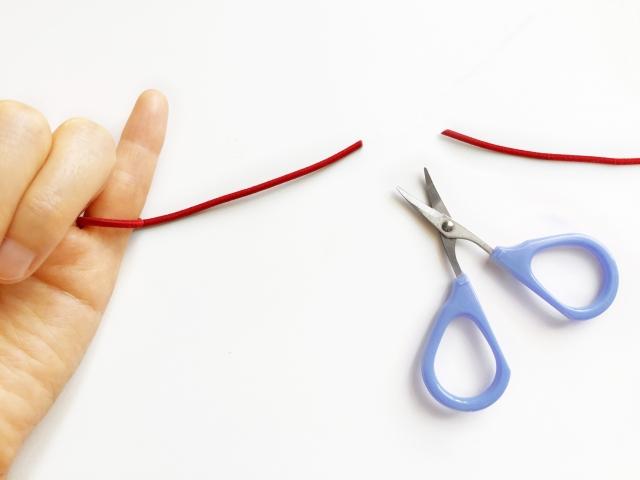 切れた赤い糸