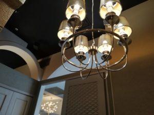 収穫祭三宮店の天井ライト