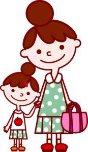買い物する母と子