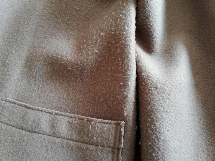毛玉だらけのしまむらコート
